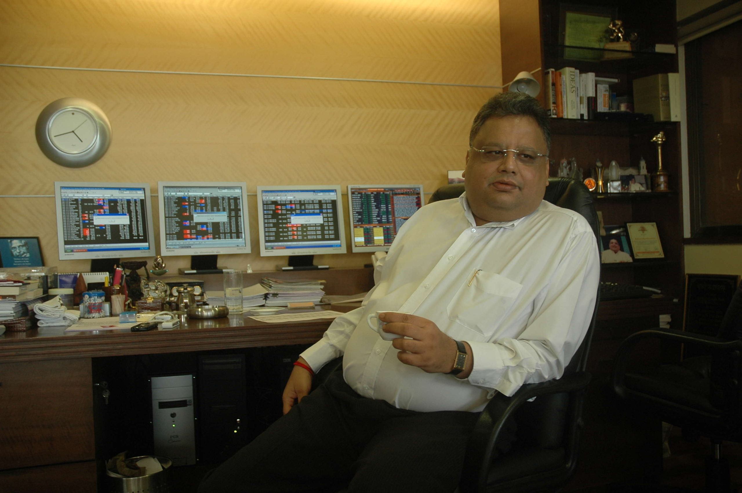 Jhunjhunwala invests crores of rupees in this BSE 500 firm; share price doubles in less than a month